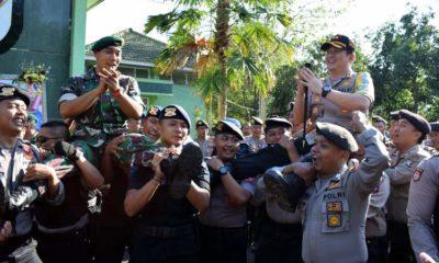 Dirgahayu TNI ke-74 Kapolres Bondowoso AKBP Febriansyah Beri Kejutan