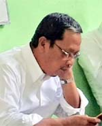H Ahmad Dafir Ketua DPRD.Kabupaten Bondowoso, Pimpinan Sidang Paripurna (ft.dul.memontum)