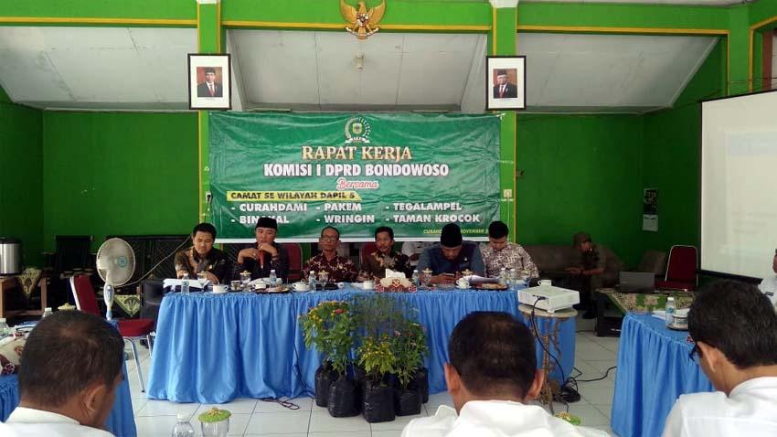 Kunjungan Komisi I ke-Kecamatan di Dapil V Bondowoso (ft.dul.memontum)