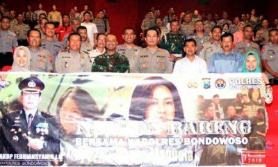 Nobar Film Hanya Manusia di Gedung NSC Bondowoso (foto dul Memontum.com Bondowoso)